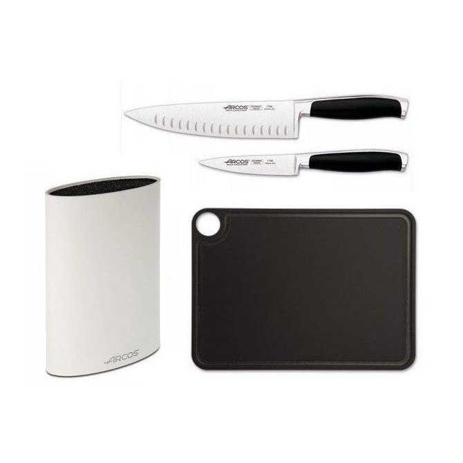 Set de cuchillos, tabla de corte y taco Cocina Familiar